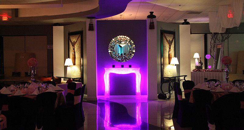 Chandelier banquet hall venue las vegas nv weddingwire 800x800 1465573959461 chandelier gallery 02 aloadofball Choice Image