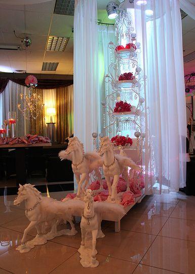 ... 800x800 1465573973860 chandelier gallery 06 ... - Chandelier Banquet Hall - Venue - Las Vegas, NV - WeddingWire