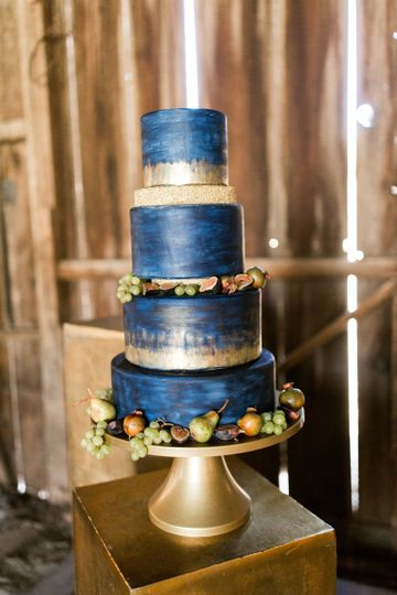 Blue and gold cake