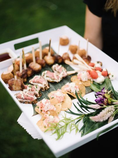 Hors d'oeuvres for the couple