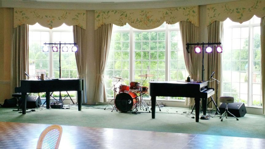 Pianos at bellerive country club