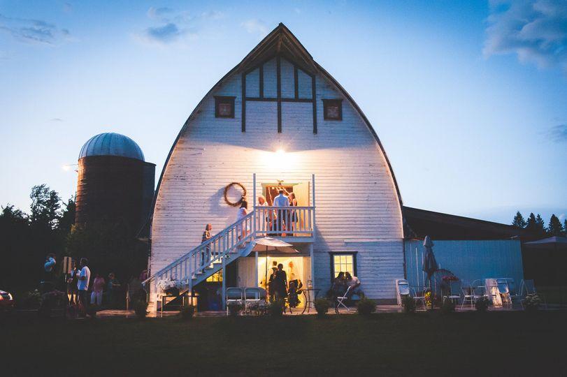 Barn at twilight (photo by Three Irish Girls Photography)