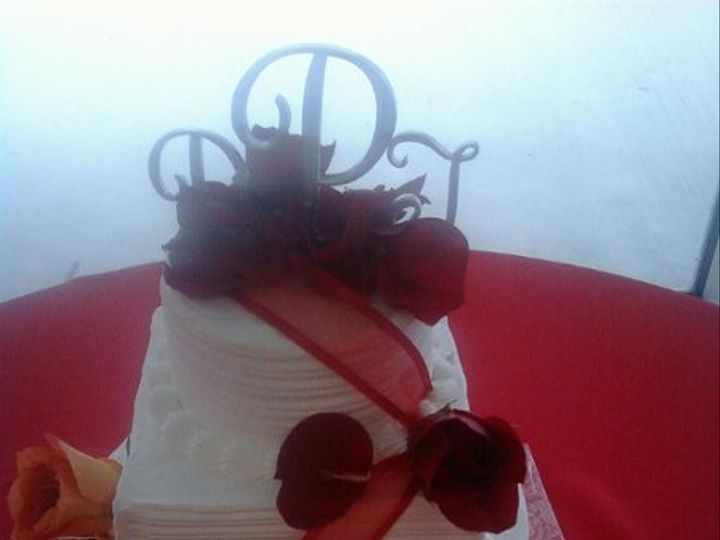 Tmx 1254884786301 9.16.09185 Humble wedding cake