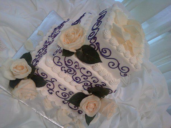 Tmx 1254884793911 9.16.09202 Humble wedding cake