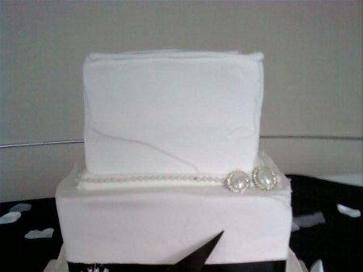Tmx 1254884801739 9.16.09307 Humble wedding cake
