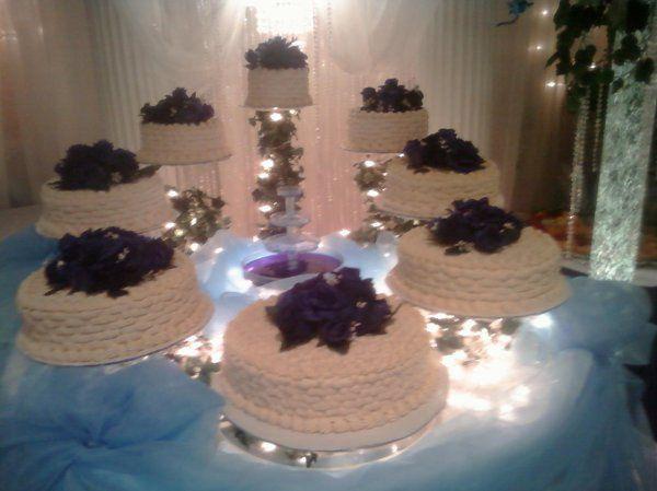 Tmx 1254884805879 9.16.09354 Humble wedding cake
