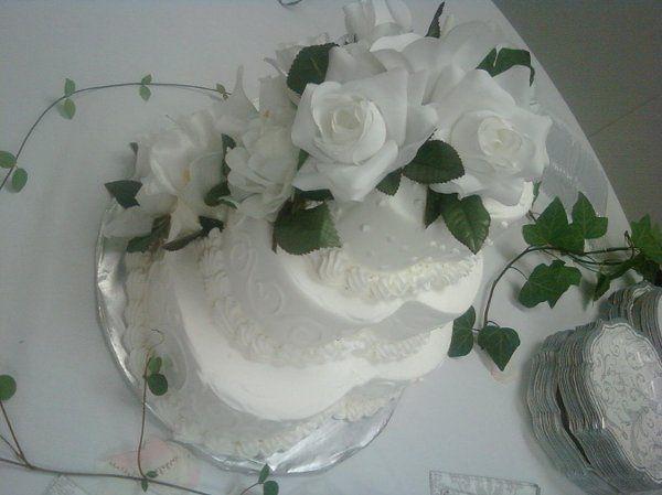 Tmx 1254884818614 9.16.09384 Humble wedding cake