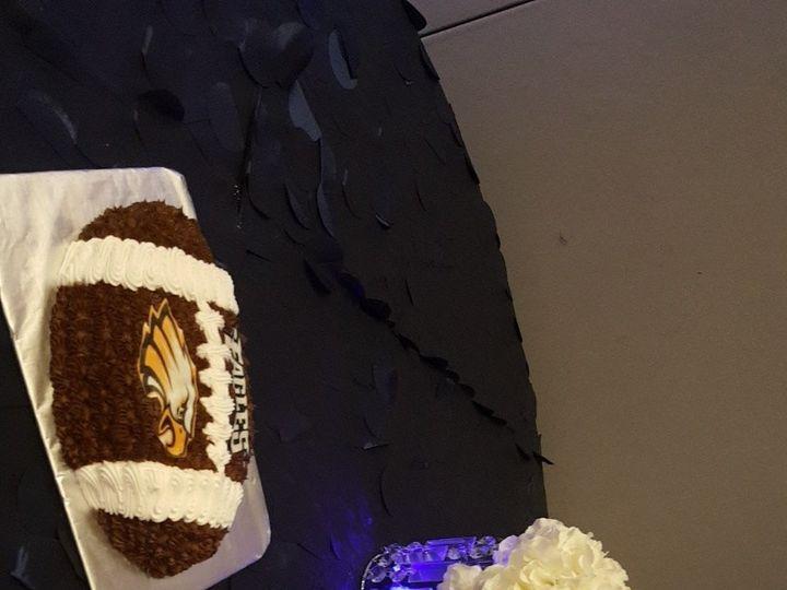 Tmx 1508794357486 Snapchat 1343937095 Humble wedding cake