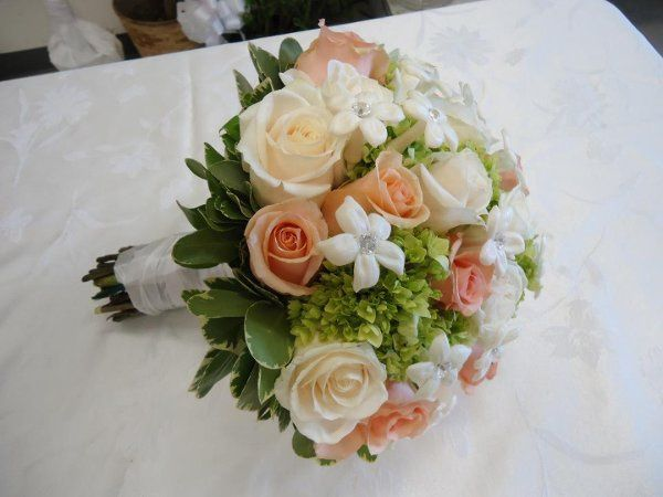 Peach themed bouquet
