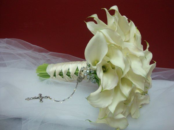 Mini calla lily bridal bouquet