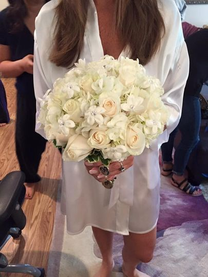 Plain white bouquet