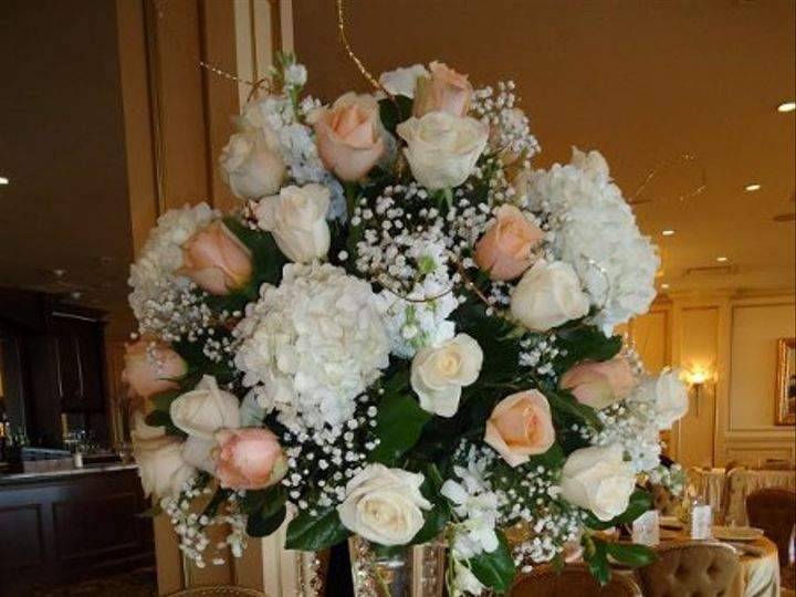 Tmx 1331308429645 426220316364202441316662347222577303627091235n Yonkers, New York wedding florist