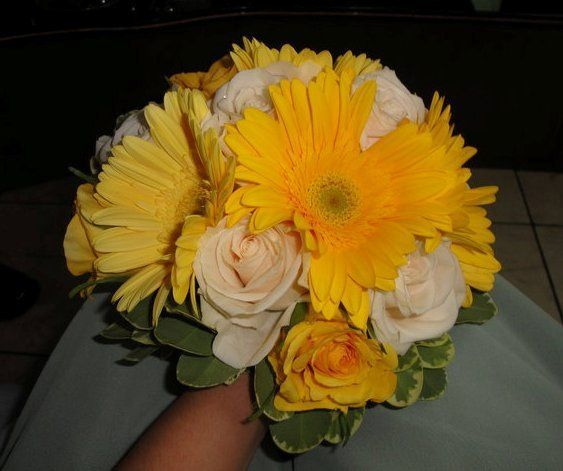 Tmx 1344275145452 Bedofroses7 Yonkers, New York wedding florist