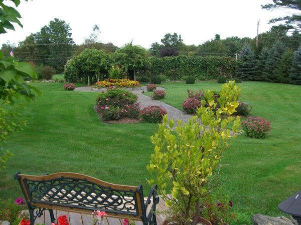GardenPhotoElaineandJohn91506