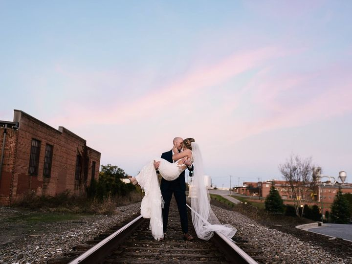 Tmx Crossing Wedding 58 51 642592 159009533382981 Hickory, North Carolina wedding venue