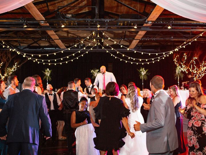 Tmx Crossing Wedding 79 51 642592 159009534738711 Hickory, North Carolina wedding venue
