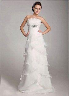 This is the sheath style wedding dress from Dressni.com. Dressni has a lot of sheath fashion wedding...