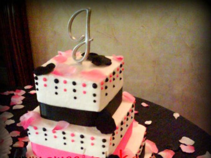 Tmx 1316556519401 Polkadots Grapevine wedding cake
