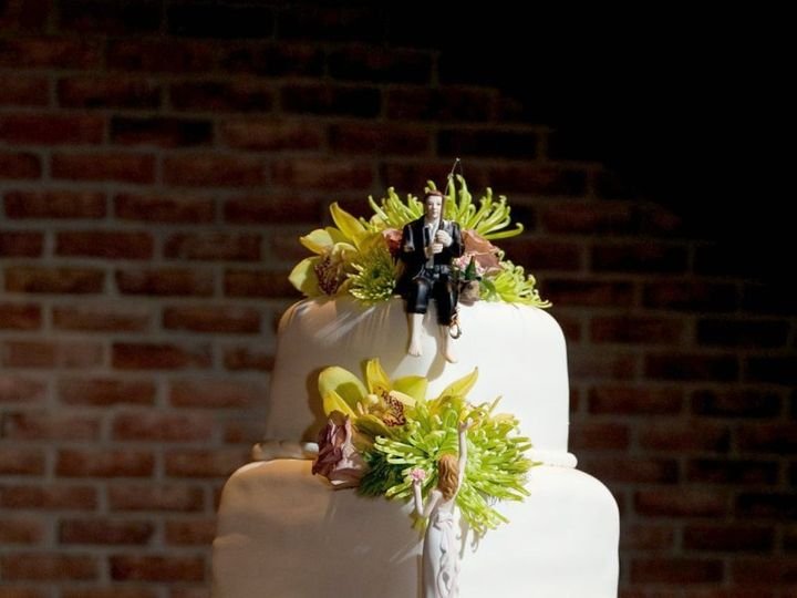 Tmx 1339111151558 Sarah2 Grapevine wedding cake