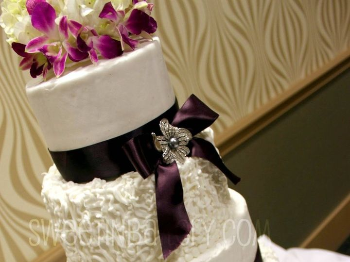 Tmx 1339111156812 Texture Grapevine wedding cake