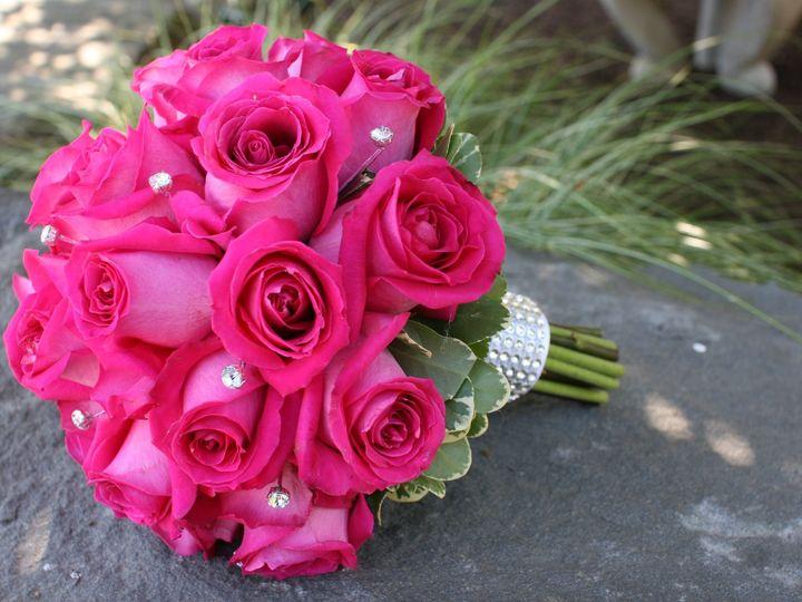 Tmx 1457996696402 Red Roses Wedding Bridal Bouquet Akron wedding planner
