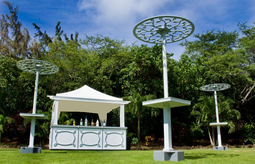 The must have Ali'i Bar & Cocktail Garden!  http://www.alohaontherocks.com/rentals/