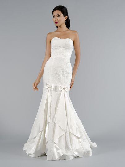 Wedding dresses in new york manhattan discount wedding for Discount wedding dresses phoenix