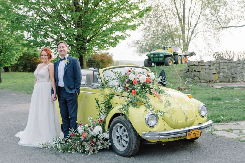 The wedding car bouquet