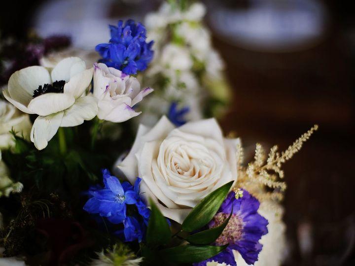 Tmx 1520952484 D7eb6372ece4c326 1520952482 Dd4b89823f6627a0 1520952480344 15  A6A1359 Preview Providence, RI wedding florist