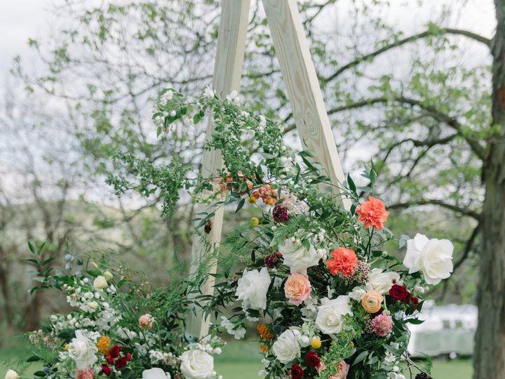 Tmx 1533599111 531493a0d42288e3 1533599106 Fe9d5e8b4379be0e 1533599103664 2 Pioneerfarms 132 Providence, RI wedding florist