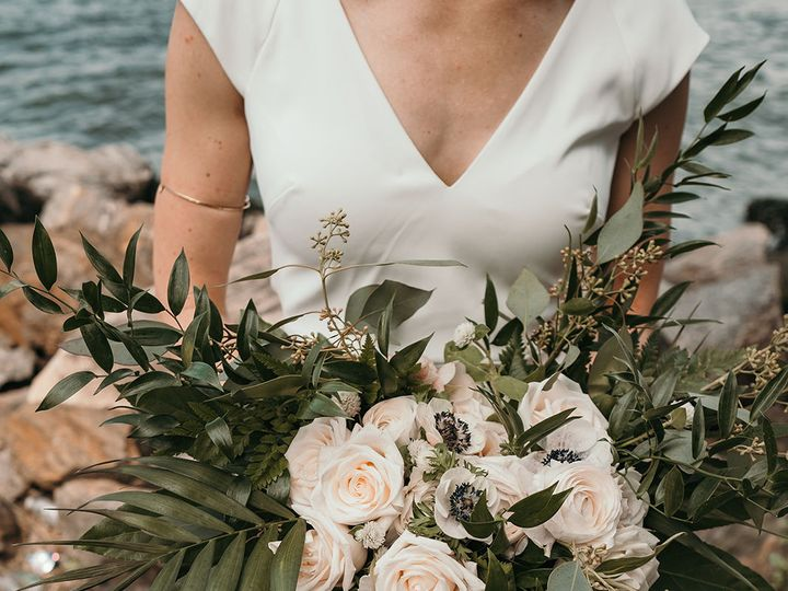 Tmx 1536195444 E7c09ffaf7907708 1536195443 D39d8bc420d0c6e3 1536195442273 2 Lauren Layne Weddi Providence, RI wedding florist