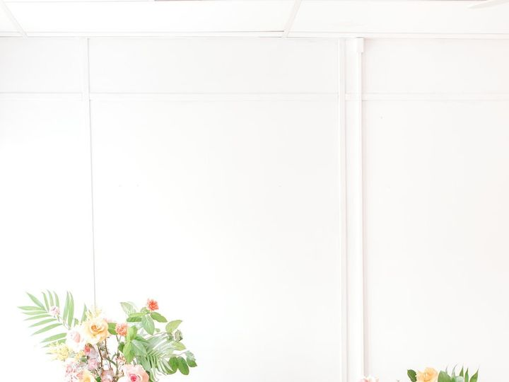 Tmx March2019 Mawbeauty Coral Pantone Wedding Photography 66 51 1001692 1561346045 Providence, RI wedding florist