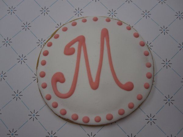 A monogrammed cookie favor.
