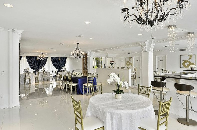 la maison du lac venue new orleans la weddingwire. Black Bedroom Furniture Sets. Home Design Ideas