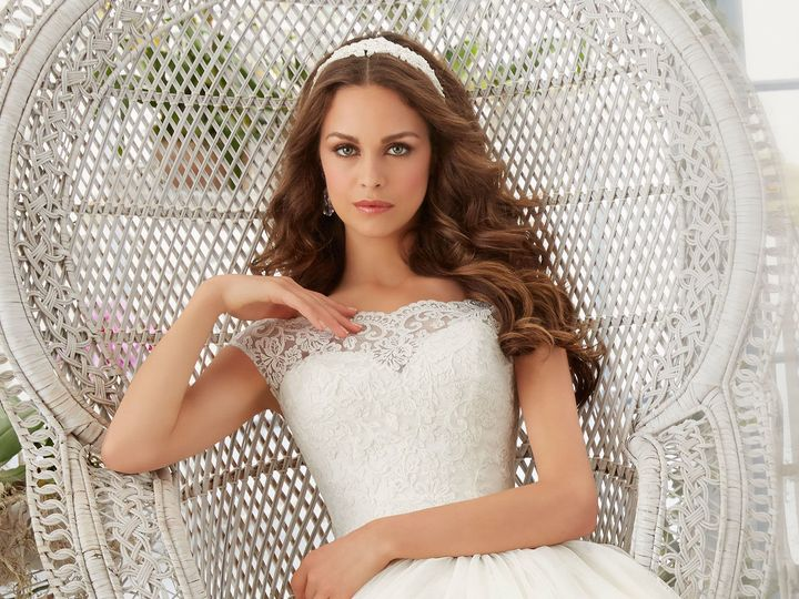 Tmx 1518818399 F93bcebf75b1feef 1518818396 5c1b807cb9f25472 1518818383426 17 5403 3 Portland, Oregon wedding dress