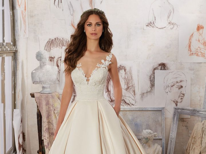 Tmx 1518818437 8aaf69a7ddabd3c7 1518818400 766dfda19be6f9dd 1518818383491 19 5501 1 Portland, Oregon wedding dress