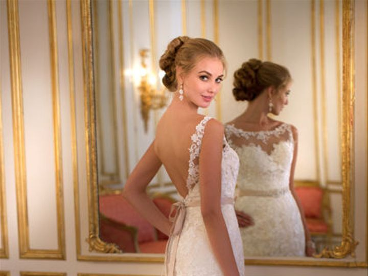 Tmx 1518818636 3de938a5ab7d3953 1518818636 B74d56b857d4cffe 1518818626384 37 5932web Portland, Oregon wedding dress
