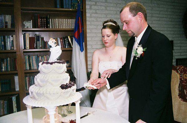 Clarks: Cake Cutting
