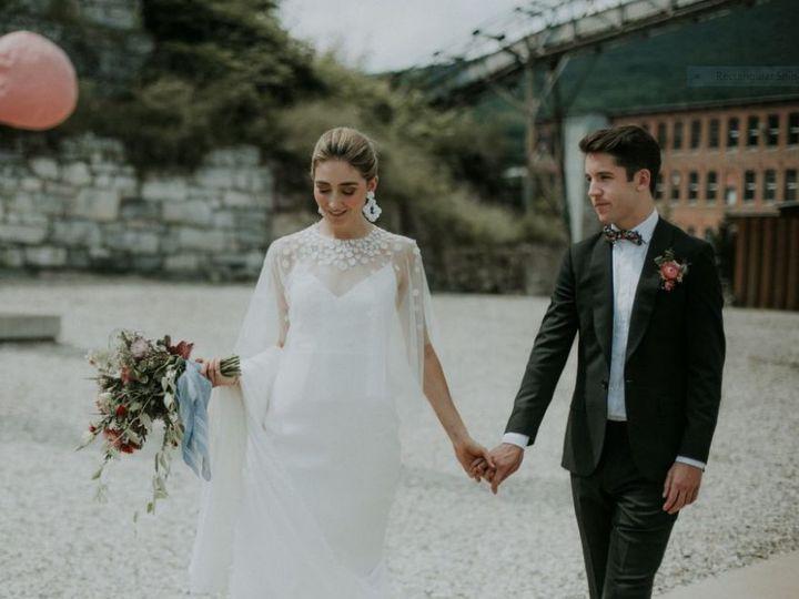 Tmx 1518633954 2c5dec004ab498e8 1518633952 8c14e5a6192b891c 1518633952485 1 Mas Adams, New York wedding beauty
