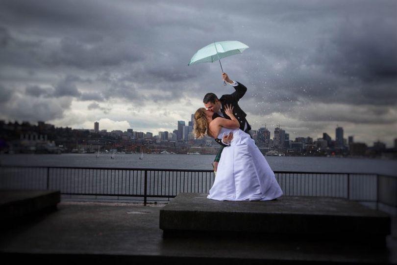 seattle rain wedding 51 749792 160346755143931