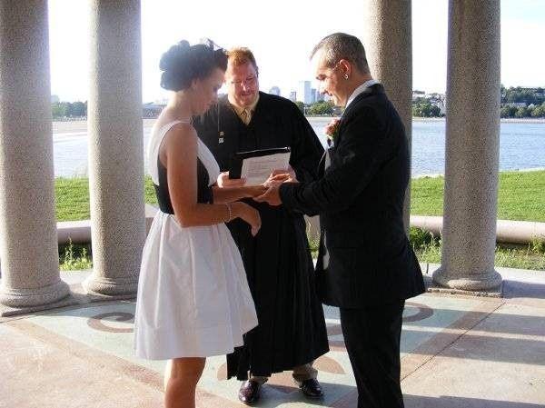 Tmx Kelleyandharley 51 431892 158093641478075 Sutton, MA wedding officiant