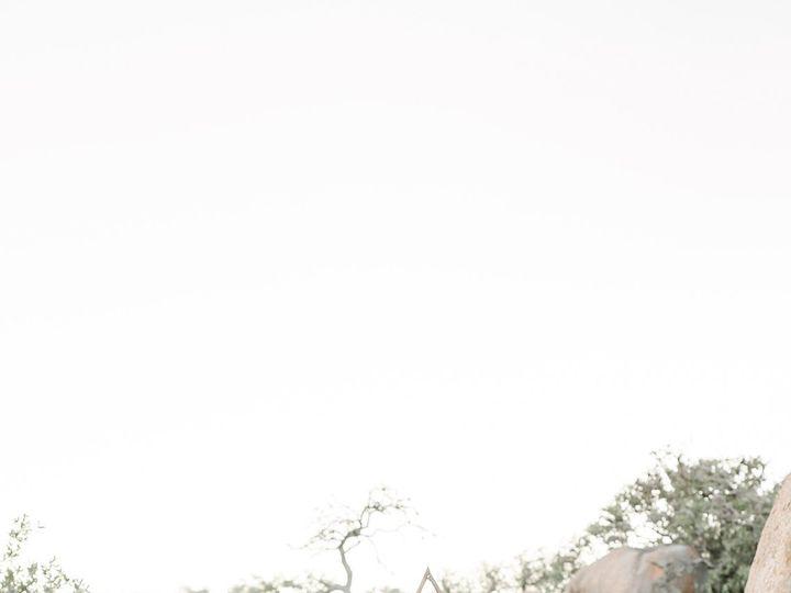 Tmx 190410enchantedrock 17 51 981892 159923126181182 Houston, TX wedding photography