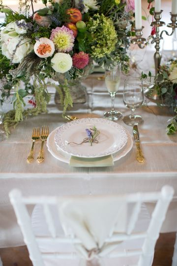 French Country Meets Southern Charm Styled Shoot (Published in WellWed, Vermont Vows, Westchester...