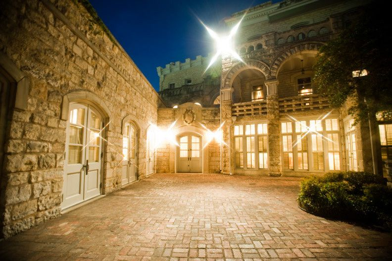 Chateau bellevue's beautiful courtyard at night