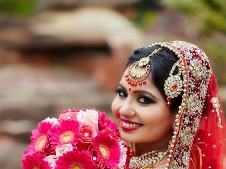 Tmx 1517589702 F1104db6ace45eae 1517589701 B563d3477323b8cc 1517589697806 7 13124823 101535594 Eastpointe, MI wedding florist