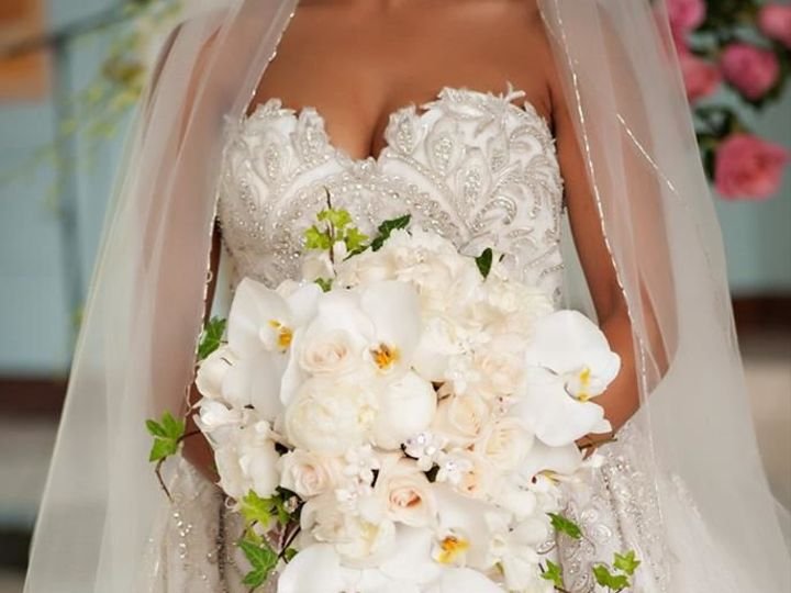 Tmx 1517589703 C11e68359b05bbce 1517589702 B099dc78946aa77d 1517589697809 11 14705835 28268168 Eastpointe, MI wedding florist