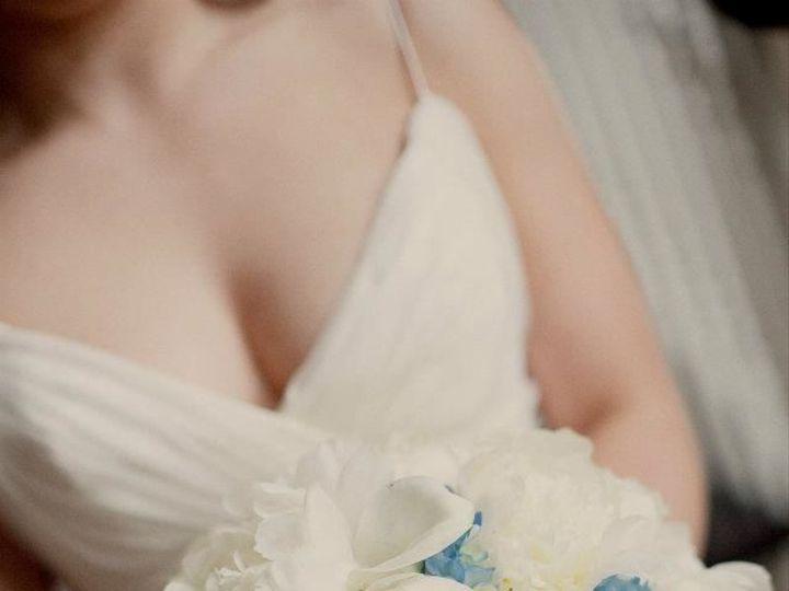 Tmx 1517589724 9d6bab1ca9ab4e48 1517589700 03734bf18a3a8c96 1517589697804 4 421972 62361542289 Eastpointe, MI wedding florist