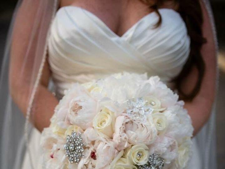 Tmx 1517590347 2a444c4a3ef8df75 1517590314 244a8d0ba7750493 1517590312446 54 Bouquets2 Eastpointe, MI wedding florist