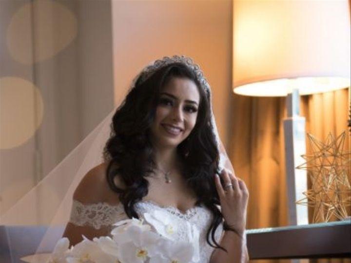 Tmx 1517590354 6c67de1ee256e14f 1517590315 Ffa110a3b602d202 1517590312446 55 Bride 2 Eastpointe, MI wedding florist
