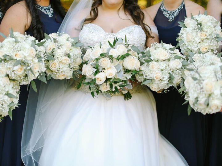 Tmx 1517590510 072f00dc945eb717 1517590508 6ff657a1caf32bb5 1517590504178 66 DY8A9132 Eastpointe, MI wedding florist